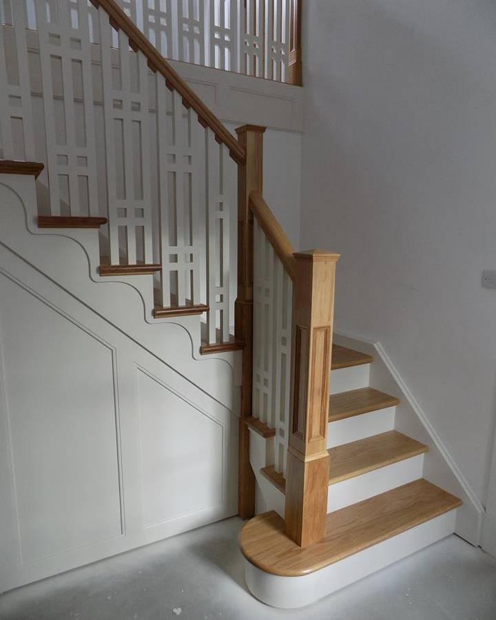 Dom-Stairs-7E-17-1.jpg