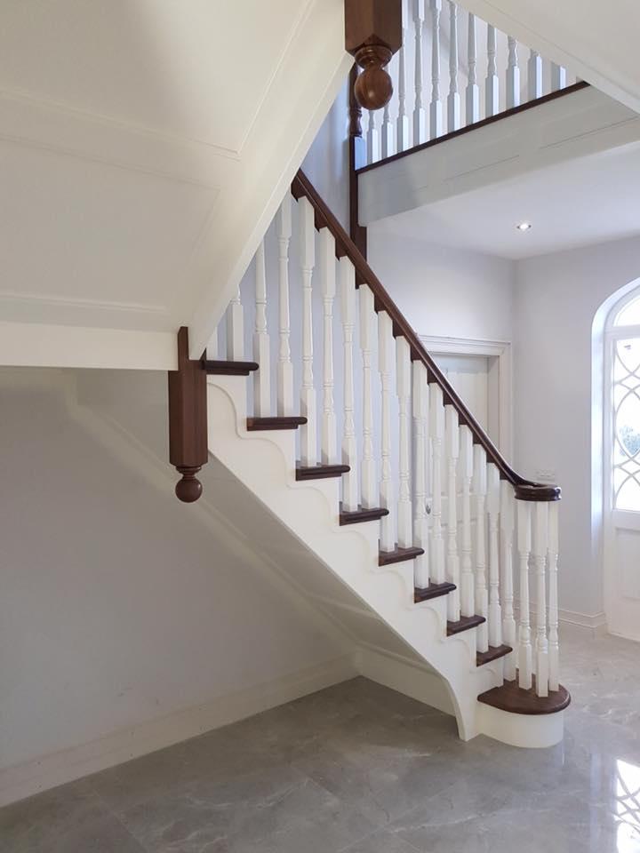 dom-stairs-8B-18-2.jpg