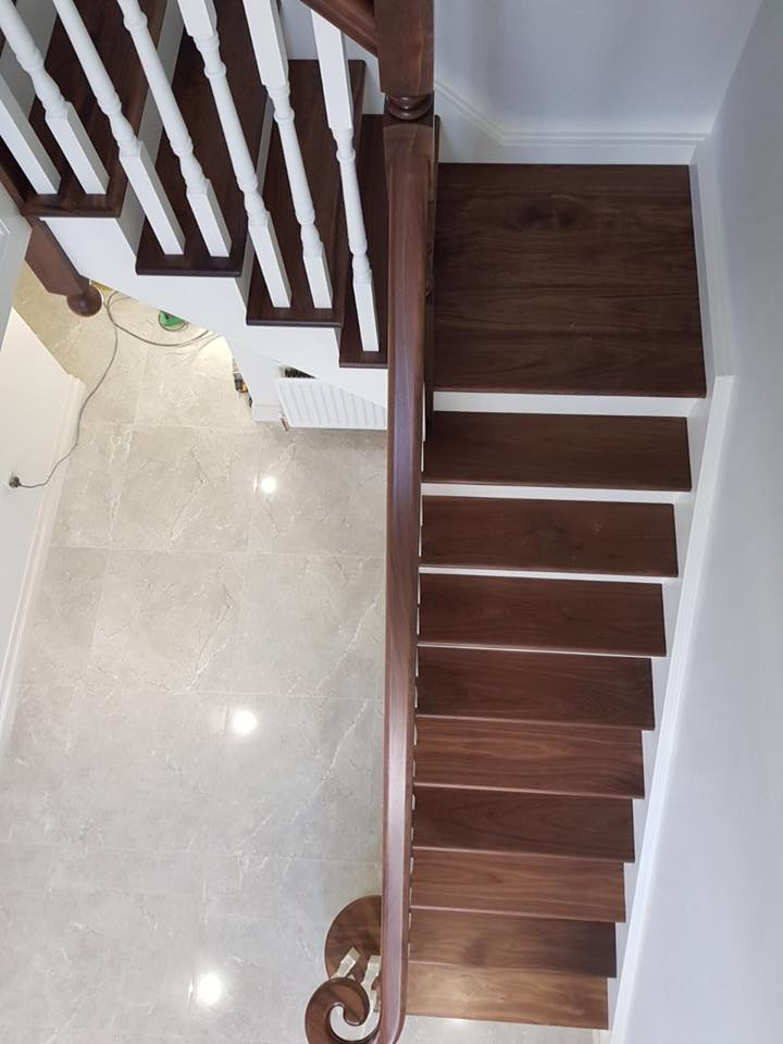 dom-stairs-8B-18-7.jpg