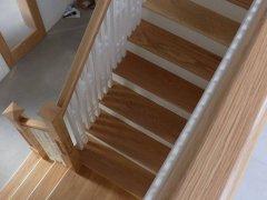Dom-Stairs-7E-17-5.jpg